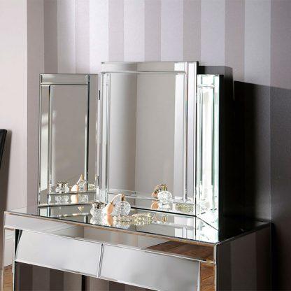 Art 110 Triple Mirror
